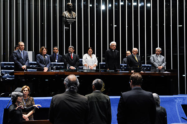 Durante a sessão solene no Senado, autoridades e parlamentares destacam a preocupação social do ex-arcebispo de Natal