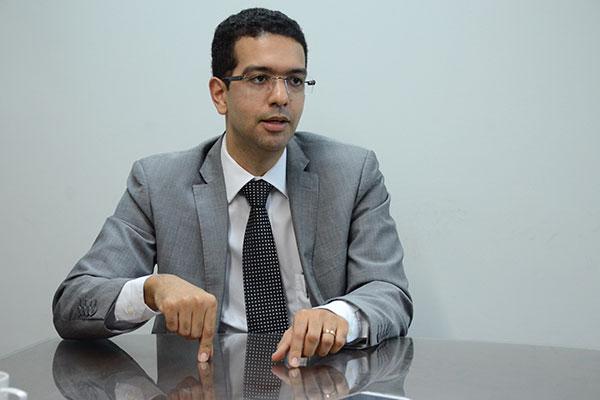 Ricart dos Santos apresentou parecer em resposta à consulta
