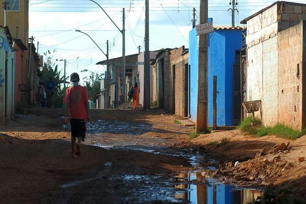 Estudo mostra vulnerabilidade dos jovens à pobreza no Brasil