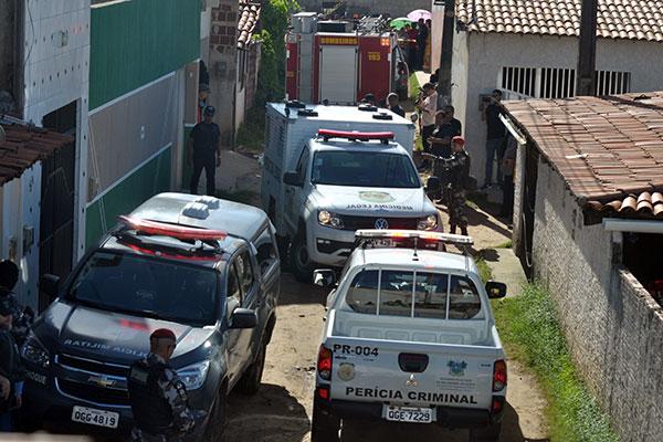 Corpo que a polícia acredita ser de Yasmin foi encontrado em uma casa onde o pedreiro fazia obras