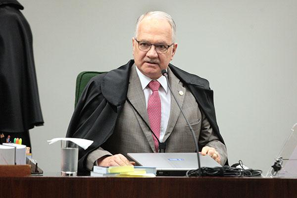 Ministro Edson Fachin autorizou a busca e apreensão