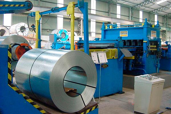 Americanos querem reduzir em 30% exportação de aço acabado do Brasil