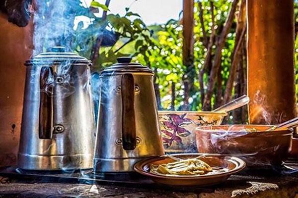 Café da manhã tem clima e sabor de fazenda