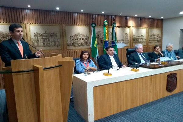 O vereador Felipe Alves (MDB) discutiu sobre as propostas de conservação e manutenção