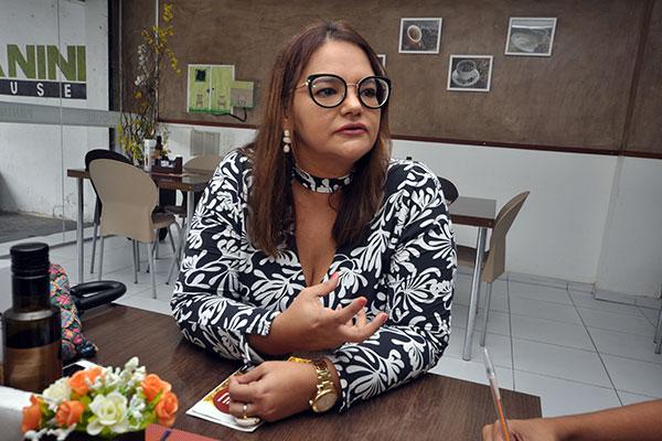 Ana Paula Felizardo, da ONG Resposta, é uma das palestrantes no evento que acontecerá no TRT/RN