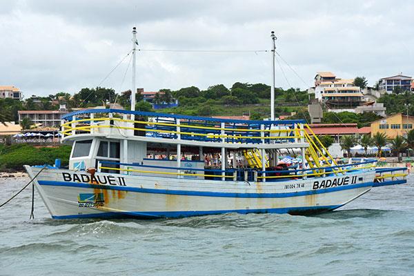 Marina Badauê é um dos mais antigos projetos de passeios nas águas, embalado por música e lua cheia