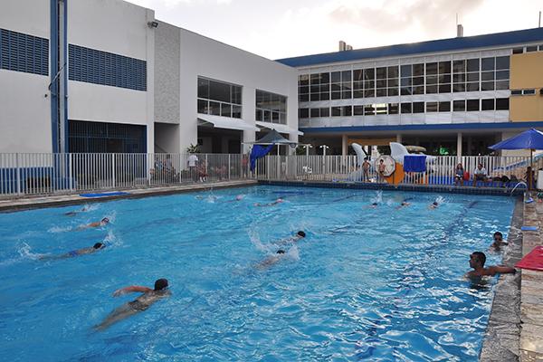 A natação é uma das atividades mais procuradas no clube