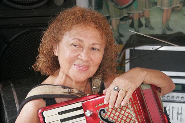 Suzete Sales já formou gerações forrozeiros potiguares. Aos 66 anos, é uma das maiores referências no estado
