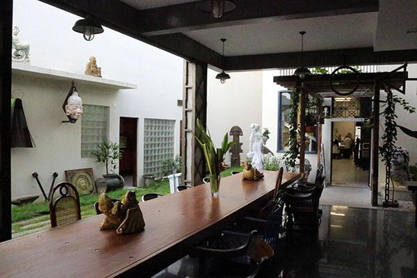 Galeria B-612 estreia como ambiente de restaurante. A cozinha do espaço será comandada pelas chefs Adriana Lucena e Sofia Marinho