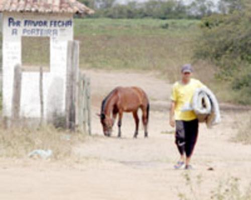 MÁRCIO NASCIMENTO - Ele e outros assentados precisaram encontrar atividades paralelas para sobreviver