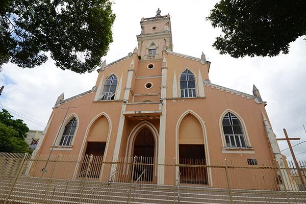 Hoje e amanhã, igreja de São Pedro, no Alecrim, terá novenas e missa solene a partir das 19h