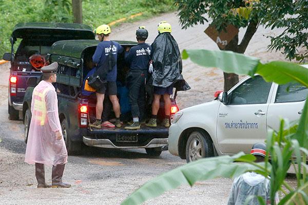 Adolescentes e o técnico estavam presos na caverna desde o dia 23 de junho