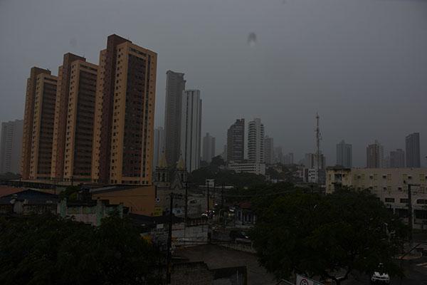 Em Natal, as chuvas de ontem (até 7h) atingiram 51 milímetros. Há possibilidade de mais precipitações a qualquer hora do dia de hoje