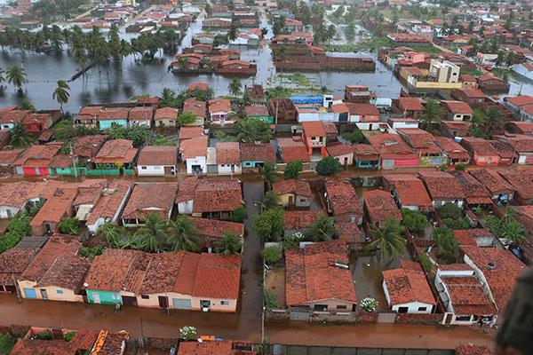 Alagamentos no município de Touros afetaram diretamente 4.133 pessoas, segundo informações da Defesa Civil do estado