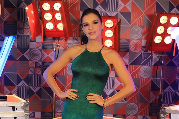 Mariana Rios segue na apresentação do The Voice Brasil