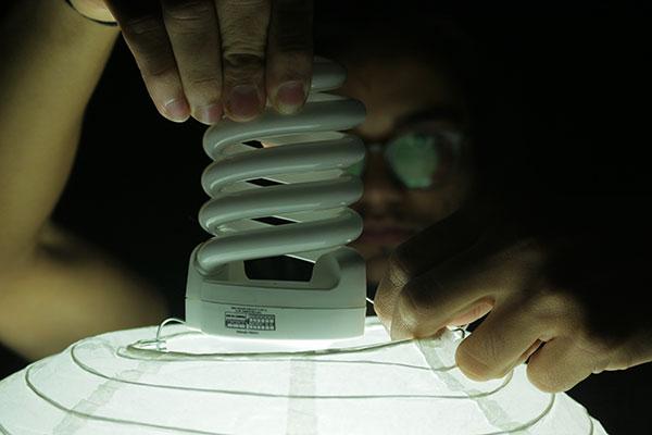 Energia elétrica ficou 5,33% mais cara e tendência é de aumento superior à inflação no próximo ano