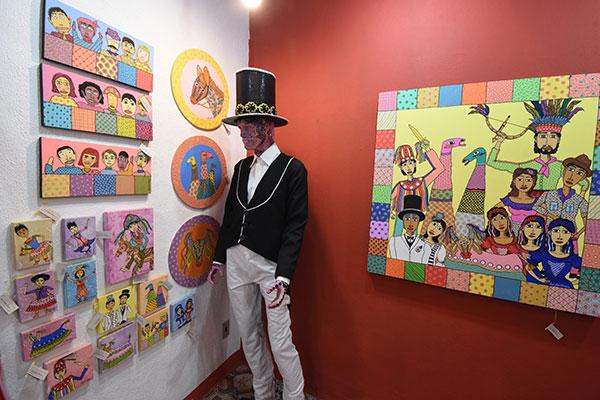 Além de figurinos, pinturas representativos da cultura popular
