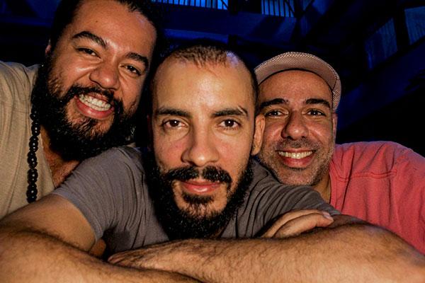 Bailarinos baianos João Rafael Neto e Edu O, compõem novo espetáculo com o diretor Thiago Cohen