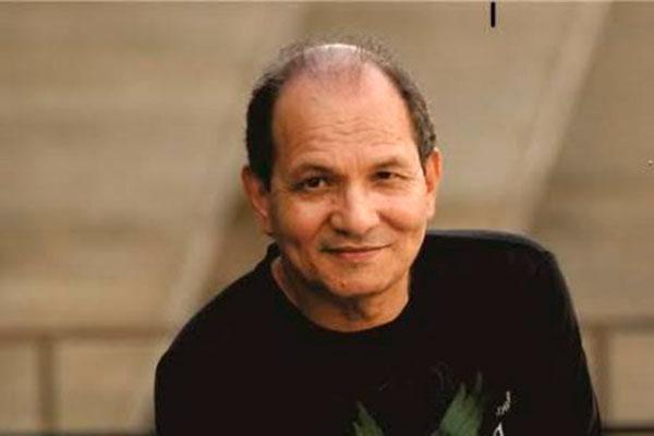 Gilson Vieira, compositor da música Casinha Branca