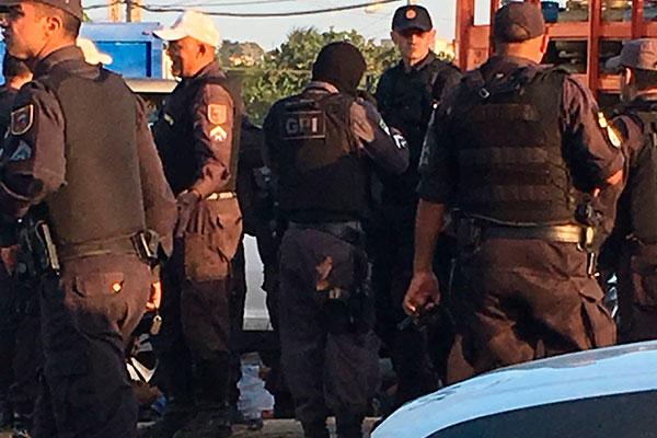 Bandidos e polícia trocaram tiros na zona norte de Natal