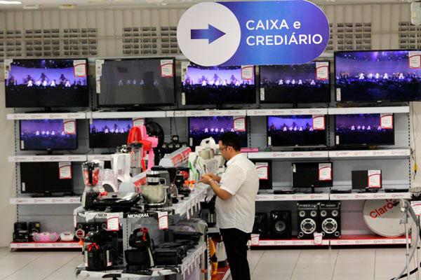 Queda nas vendas é avaliada como reflexo da greve dos caminhoneiros, ocorrida no mês de maio