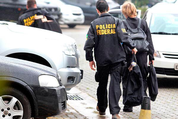 Trabalhadores como policiais federais, por exemplo, não poderão requerer redução da jornada