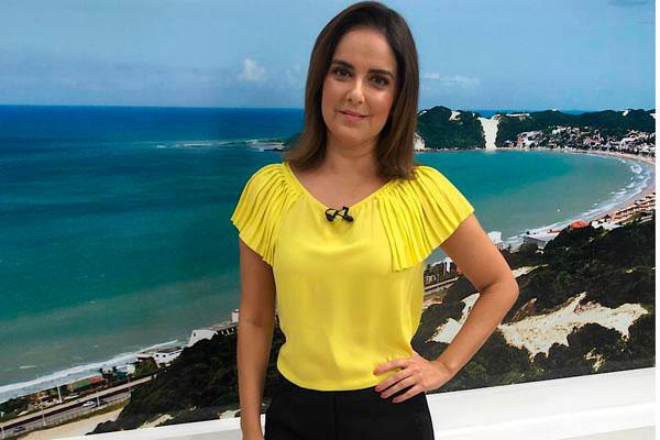 Emmily Virgílio, jornalista e apresentadora