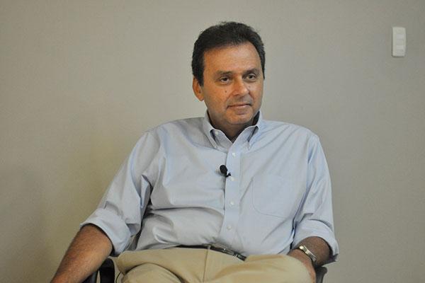 Carlos Eduardo, candidato à governador
