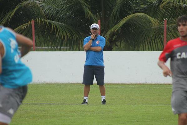Luizinho Lopes retorna ao América para tentar levar o clube de volta à Série C