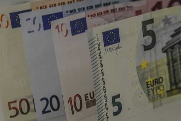 Astros do futebol europeu não escapam das sonegações de impostos em países com legislações mais duras