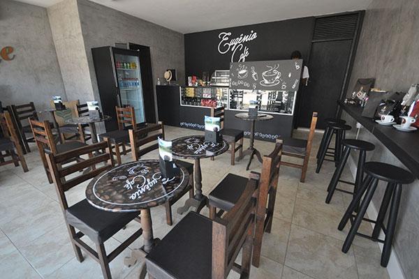 Nascido em Natal com sede em SP, Eugênio Café mantém aqui o espaço para experiência dos próprios produtos