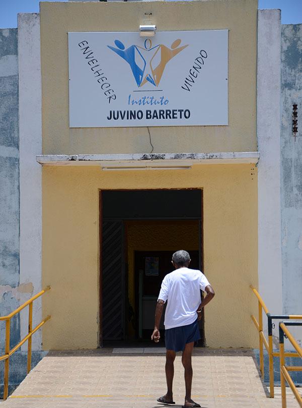 Referência no acolhimento de idosos, o Juvino Barreto possui metrade de sua estrutura deteriorada, com vários espaços interditados
