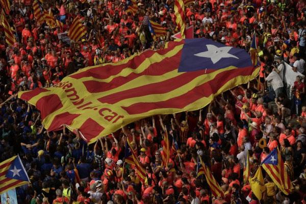 Manifestação a favor da independência da Catalunha tomaram as ruas de Barcelona