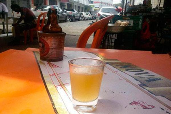 Maioria dos comes do centro são a melhor companhia para uma cerveja gelada ou cachacinha