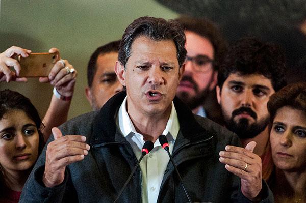 Fernando Haddad sinaliza com afastamento de José Dirceu