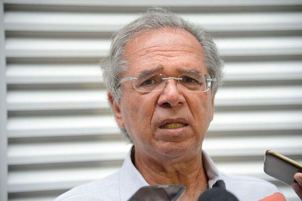 Um dos principais nomes da área econômica da candidatura de Bolsonaro, Paulo Guedes busca junto com o presidenciável outros nomes
