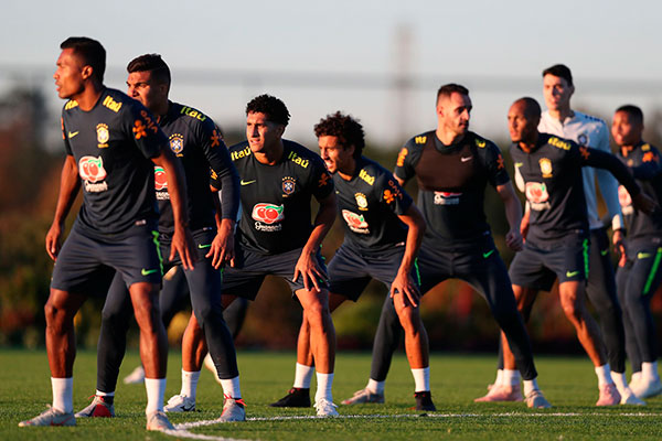 Perfeitamente integrado ao elenco da Seleção Brasileira, Renato Augusto está muito motivado