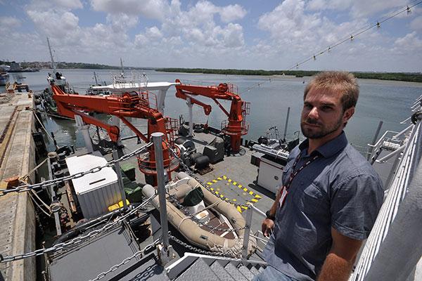 Segundo o pesquisador Leonardo Bruto o objetivo da pesquisa é quantificar os microplásticos localicados na costa brasileira