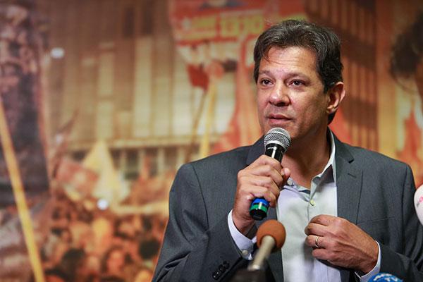 Fernando Haddad define tática para conquistar indecisos e tirar votos do adversário