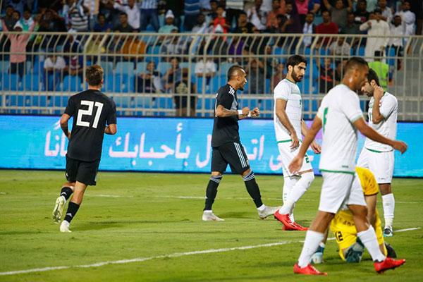 Os argentinos fizeram 4 a 0 sobre a frágil seleção do Iraque