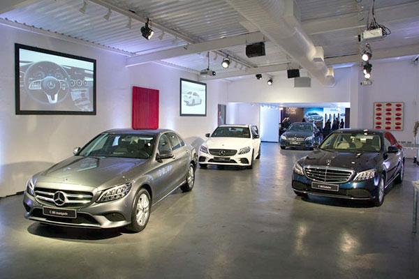 Nova família Classe C, quinta geração chega ao Brasil com tecnologia EQ Boost e mudanças de estilo. O carro empolga pelo seu alto desempenho e beleza