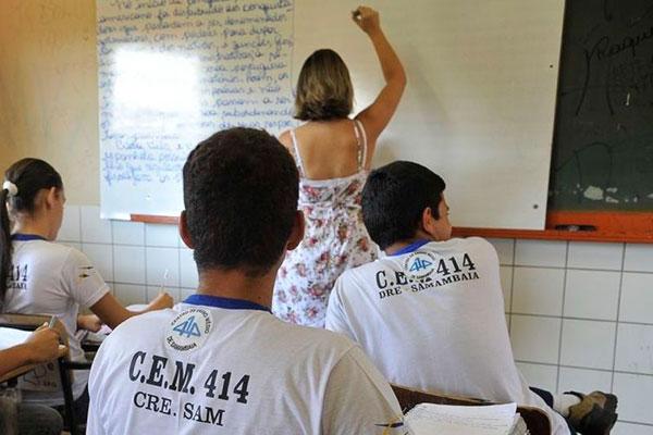 De acordo com pesquisas feito pelo Iede, apenas 3,3% dos estudantes querem seguir a carreira de professor