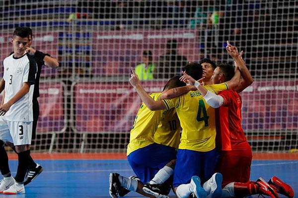 Clássico entre Brasil e Argentina no futsal agita os Jogos Olímpicos ... 2f198dbab8cd7