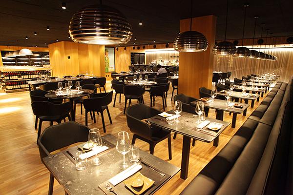 Recruta é misto de bar e restaurante, com elaborada cozinha asiática e importadora de vinhos