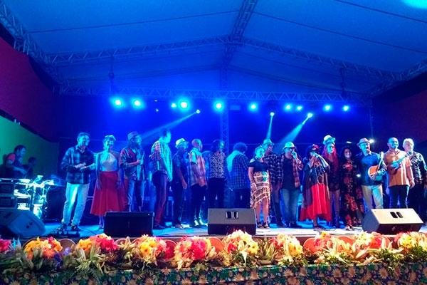 Iniciativa para a valorização do forró autoral, o Movimento Forrótiguar tem se mostrado mais integrado, com participação de 20 artistas que se dividem em grupos de 10 a 15 por shows