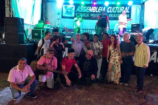 Várias gerações do forró se reuniram em shows pela cidade. Parte dos artistas do coletivo participou da Festa do Boi