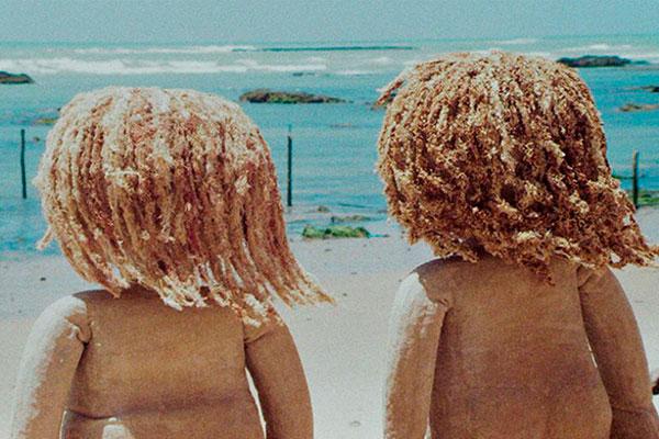 Na mostra competitiva exibida na Praia do Maceió, um dos concorrentes é o curta-metragem Guaxuma, animação em técnica stop motion da diretora pernambucana Nara Normande