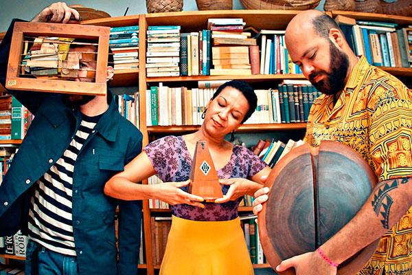 Trio Metá Metá faz experimentalismo com influência afrobeat