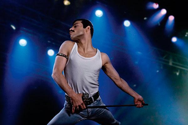 Rami Malek, o ator da série Mr. Robot, encarna e dá sangue ao seu Freddie Mercury, neste recorte biográfico do grande cantor de rock