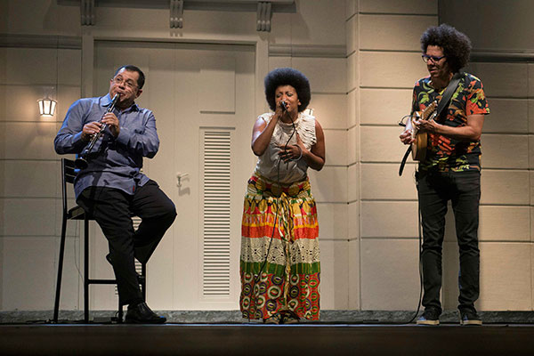 Nailor Proveta, Thalma de Freitas e Hamilton de Holanda na série Brasil Toca Choro, com estreia dia 4